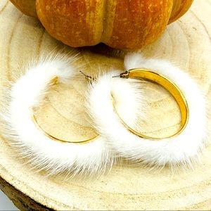 •White Faux Fur Hoop Earrings•